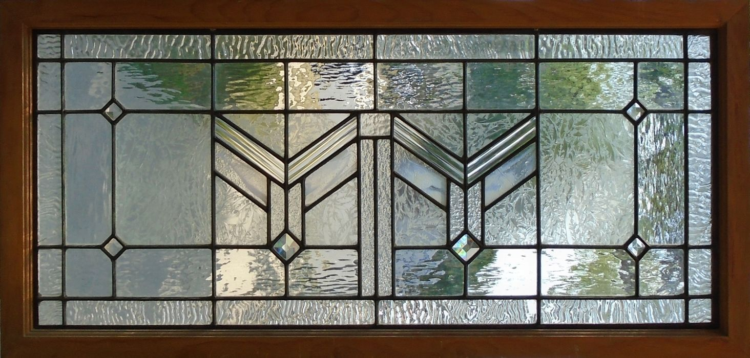 Leaded glass window with chevron detail by The Glass Studio